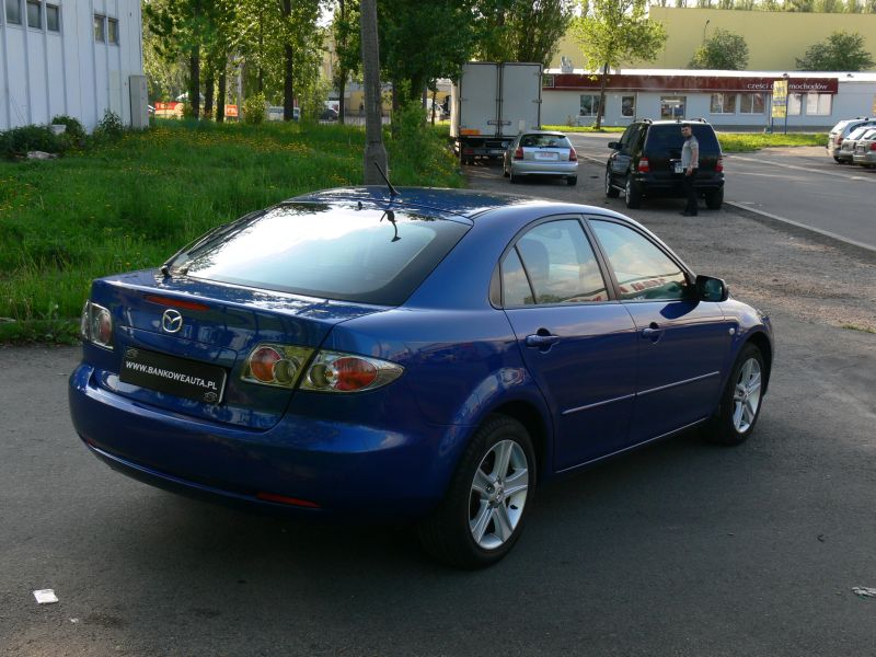 Przeglądasz: Mazda 6 2.0 niebieska 2005 r.