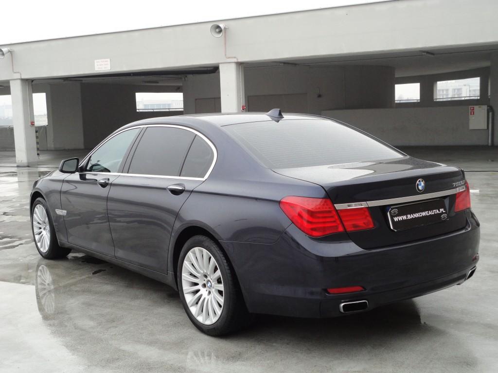 Przeglądasz: BMW F02 750Li X-drive 2011r.