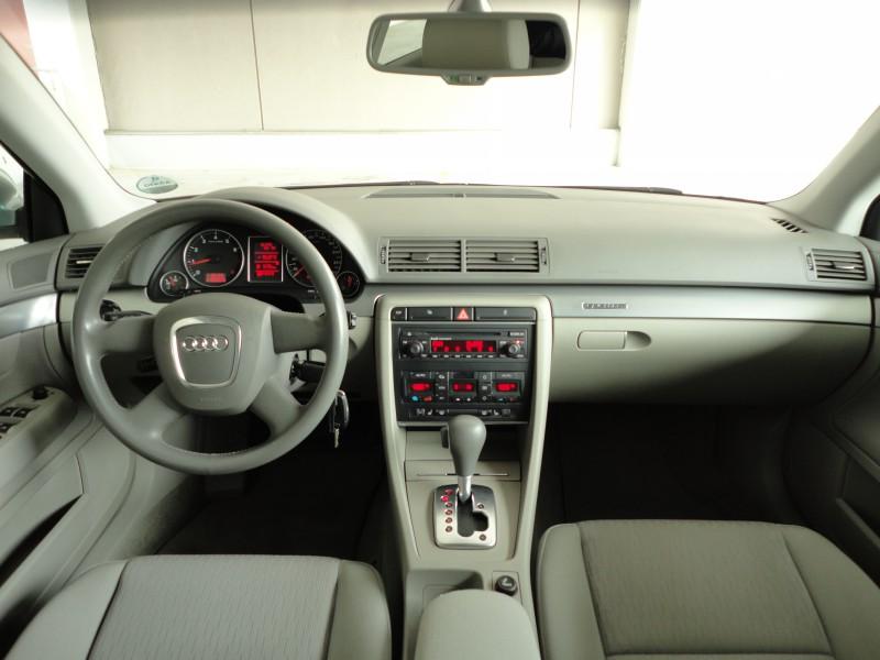 Przeglądasz: Audi A4 2.0 quattro 2006 r. VAT 23%