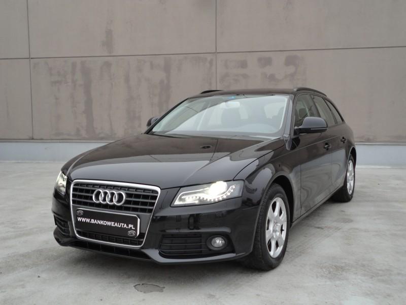 Przeglądasz: Audi A4 2.7 TDI 8 biegowa 2009 r.