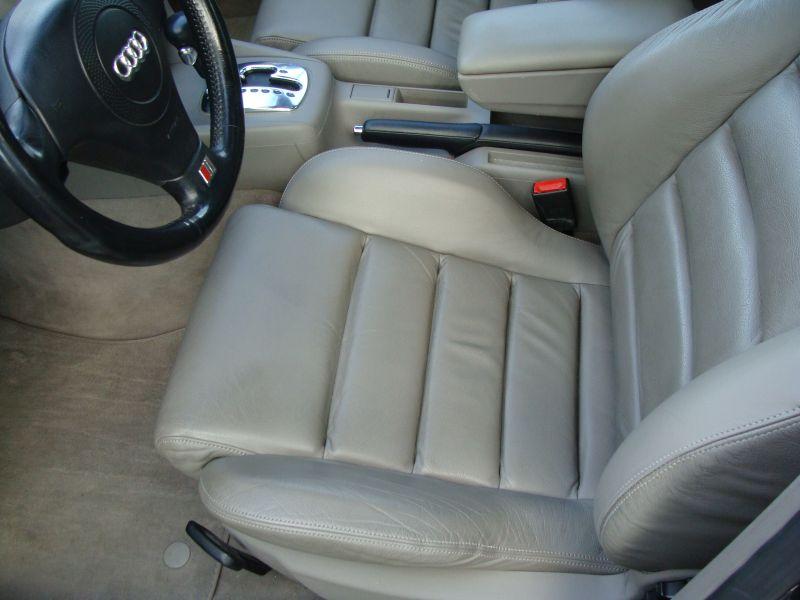 Przeglądasz: Audi A4 2.4 V6 S-LINE 1999 r.