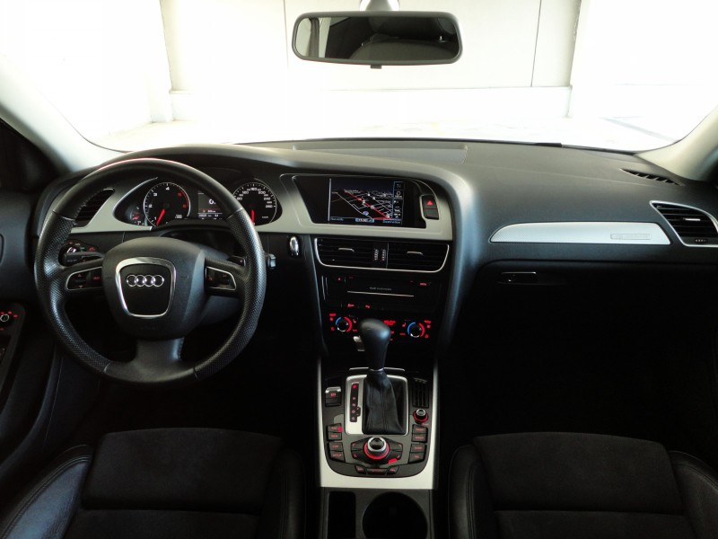 Przeglądasz: Audi A4 Allroad 3.0TDI quattro VAT 23% 2011 r.