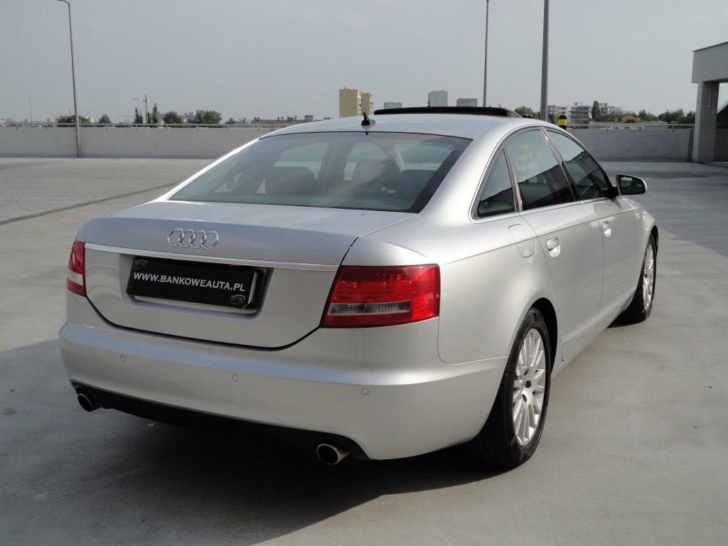 Przeglądasz: Audi A6 4.2 V8 334KM quattro 2004 r.