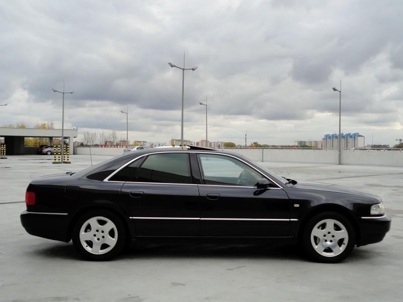 Przeglądasz: Audi A8 4.2 V8 quattro 2001 r.