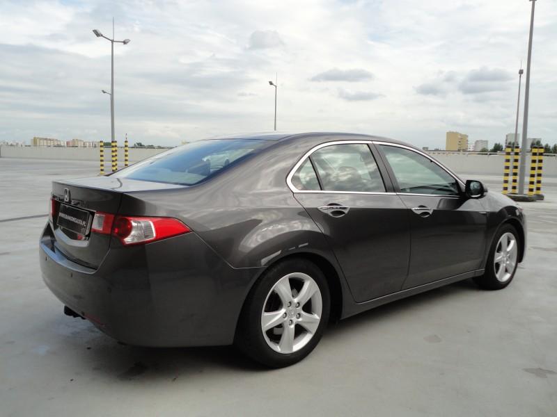 Przeglądasz: Honda Accord 2.2 2009 r. VAT 23%