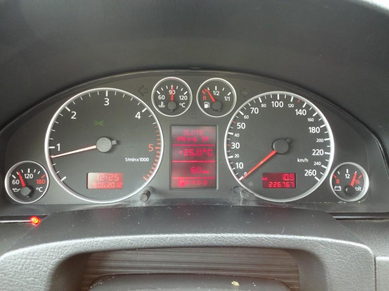 Przeglądasz: Audi A6 Allroad quattro 2003 r.