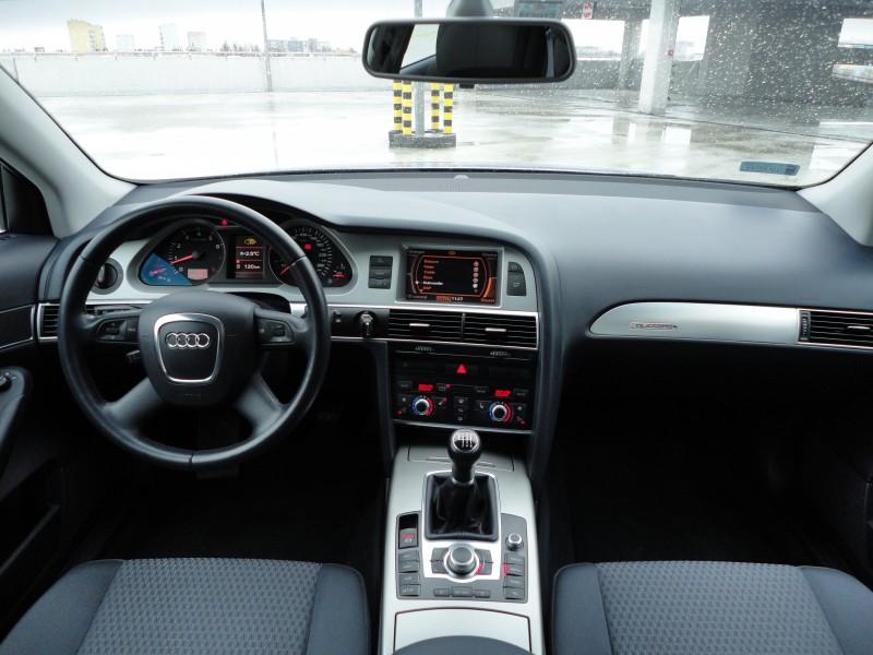 Przeglądasz: Audi A6 2.4 quattro 2008 r.
