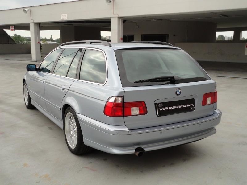 Przeglądasz: BMW 525i 2003 r.