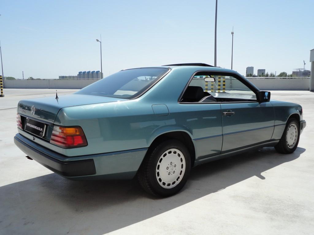 Przeglądasz: Mercedes CE300 W124 1988 r.