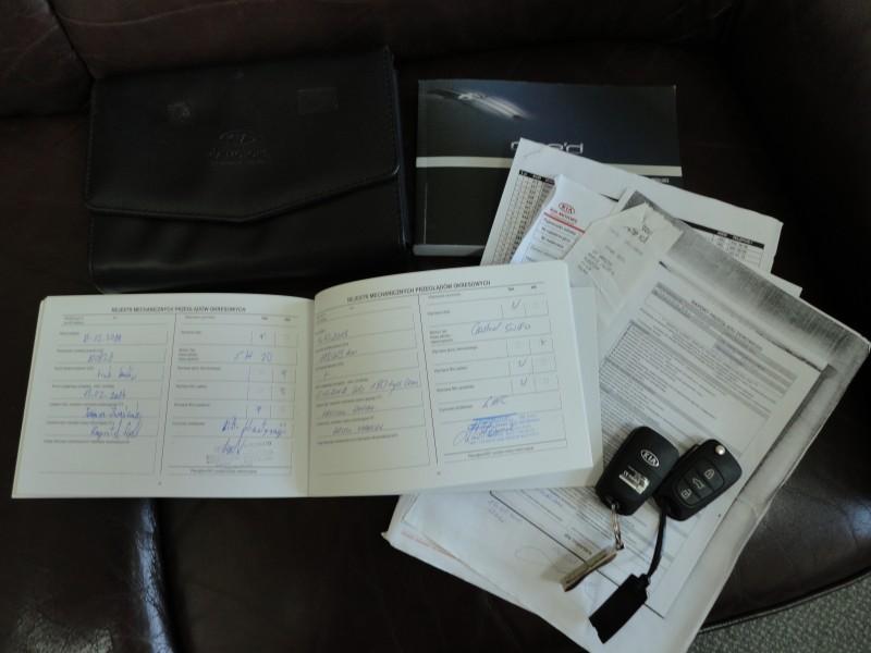 Przeglądasz: Kia Ceed Optimum 2010 r. VAT 23%