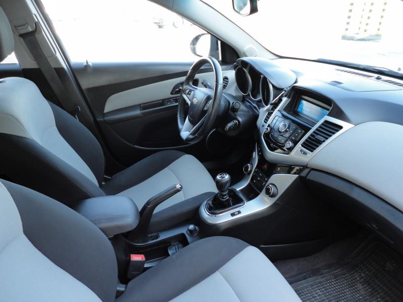 Przeglądasz: Chevrolet Cruze 2.0 LS 2011 r. 23% VAT
