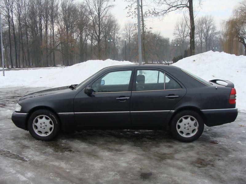 Przeglądasz: Mercedes C 280 1995 r.