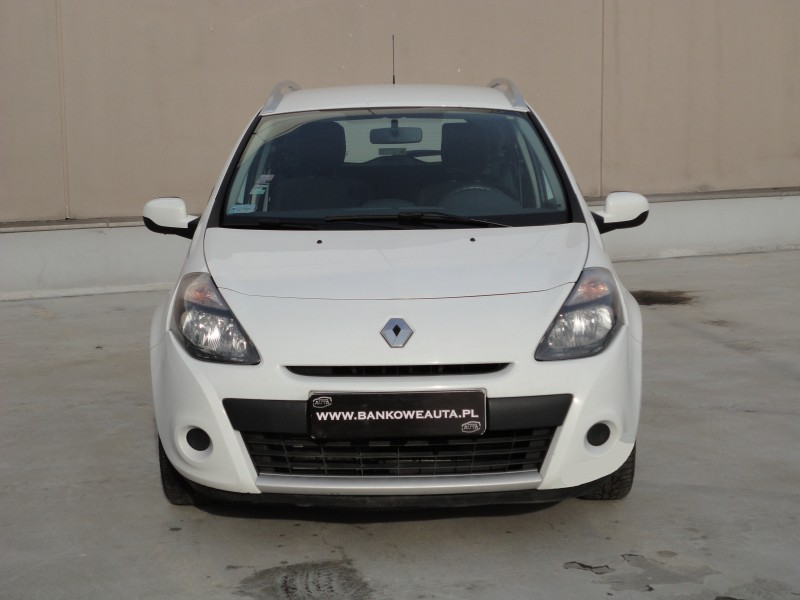 Przeglądasz: Renault Clio 1.5 DCi 2011 r. VAT 23%