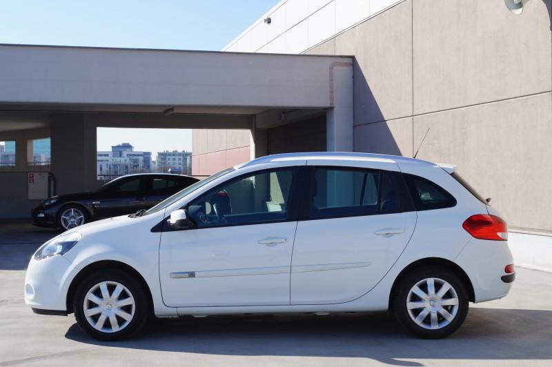 Przeglądasz: Renault Clio 1.5 DCi  2012 r. 23%VAT