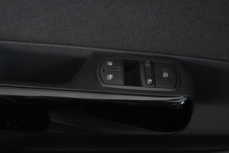 Przeglądasz: Opel Corsa Active 2014 r. VAT 23%