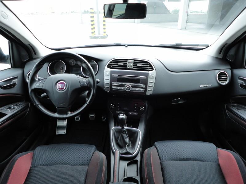 Przeglądasz: Fiat Bravo 1.9 MultiJet SPORT 2008 r.