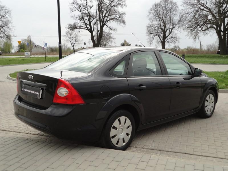 Przeglądasz: Ford Focus 1.4 2008 r. VAT 23%