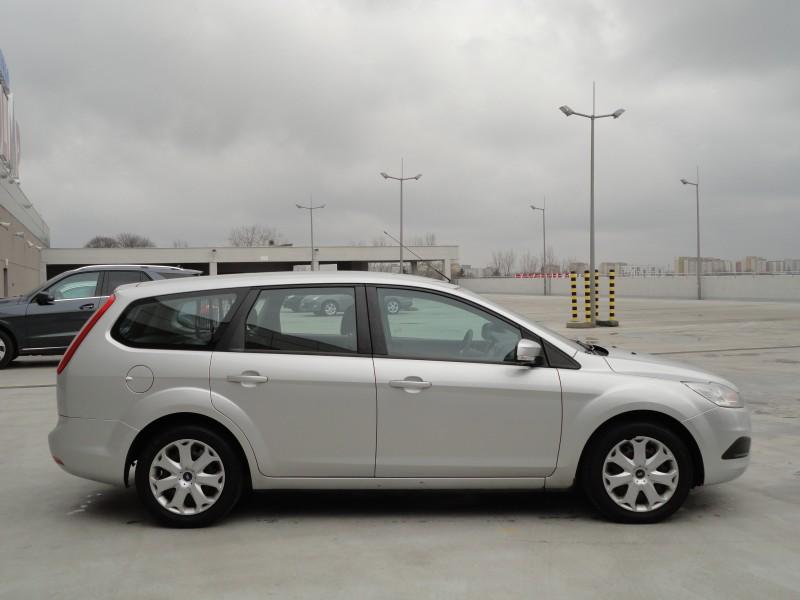 Przeglądasz: Ford Focus SilverX 1.8TDCi  2010 r. VAT 23%