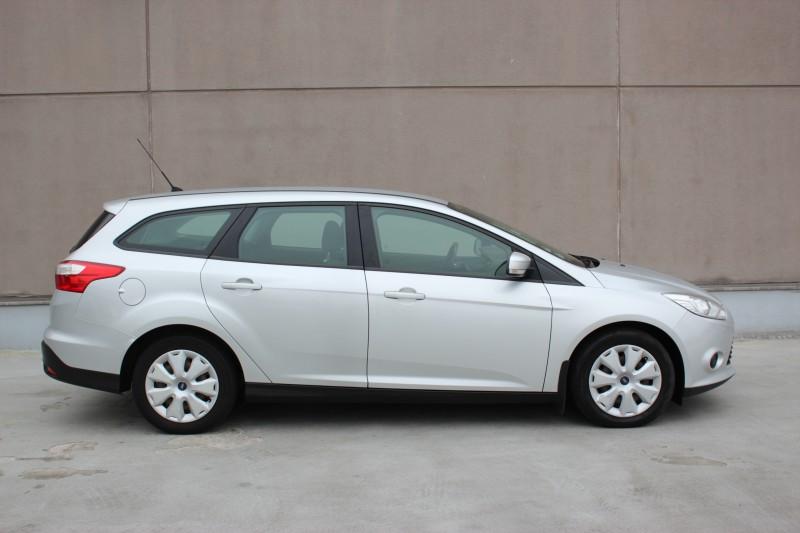 Przeglądasz: Ford Focus Silver-X 2013 r. VAT 23%