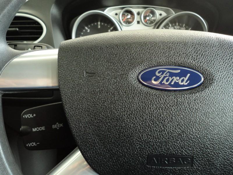 Przeglądasz: Ford Focus Trend 2011 r. 23% VAT granat