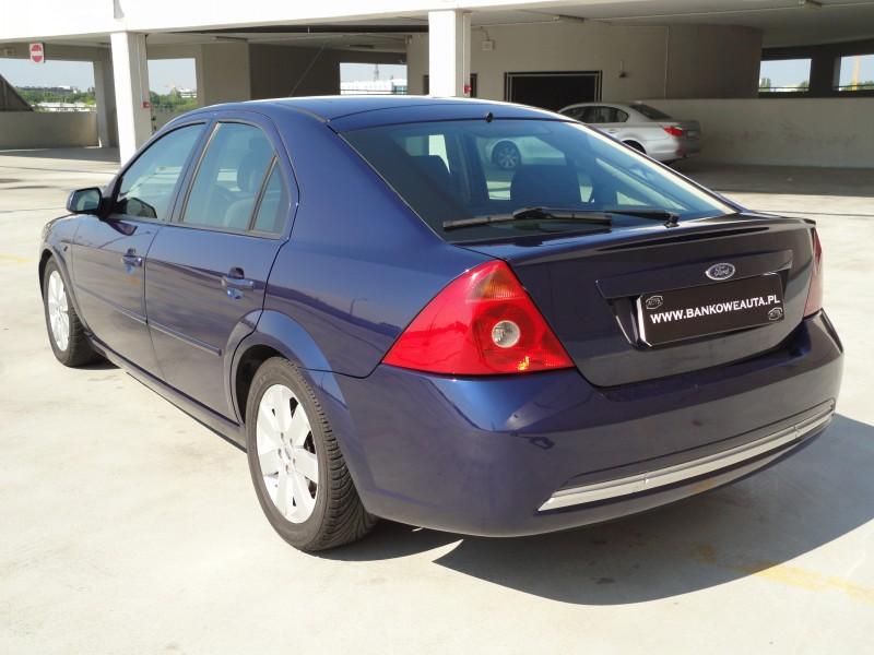 Przeglądasz: Ford Mondeo ST 2.0 TDDi 2001 r.