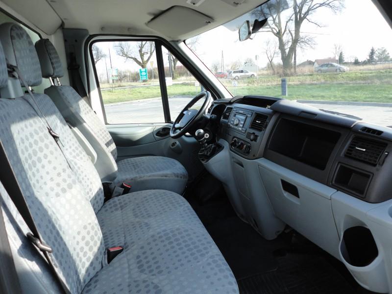 Przeglądasz: Ford Transit do 3,5t 2010 r. VAT 23%