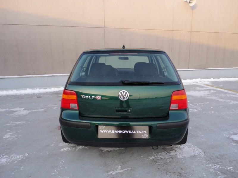 Przeglądasz: VW GOLF IV wersja Q 2003 r.