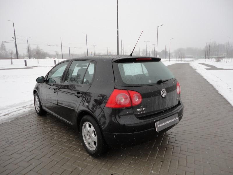 Przeglądasz: VW Golf V 2007 r.