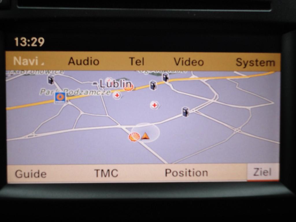 Przeglądasz: Mercedes ML320 CDI 2009 r.