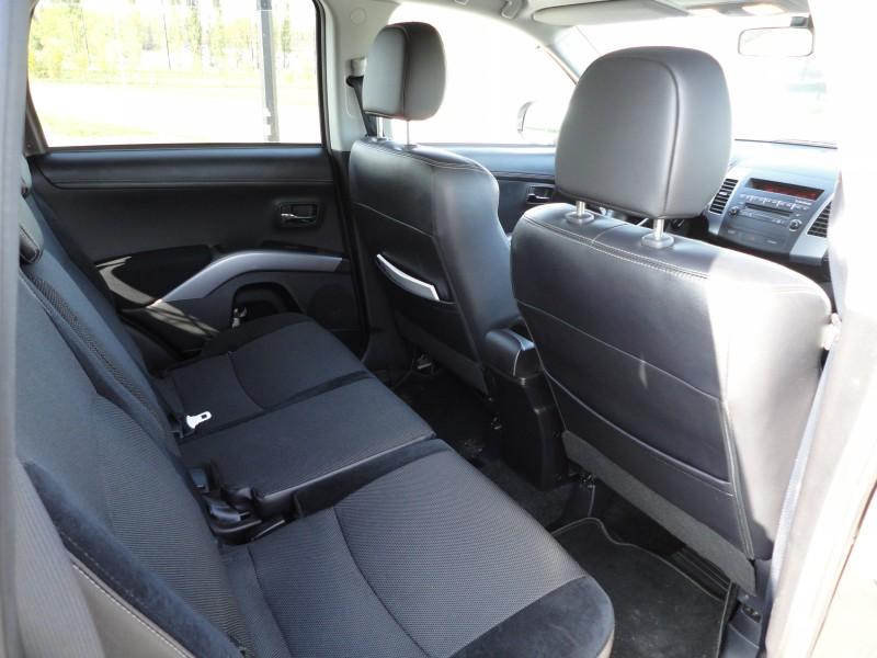 Przeglądasz: Mitsubishi Outlander 4x4 2010 r.