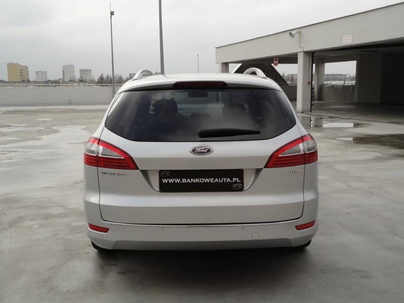 Przeglądasz: Ford Mondeo 2.0TDCi  2010 r.