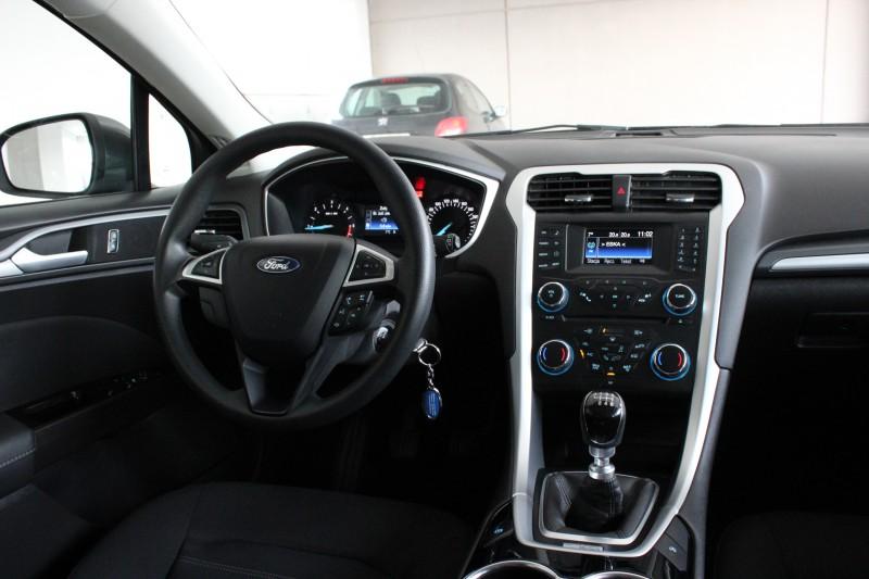 Przeglądasz: Ford Mondeo SilverX 2015 r. VAT 23%