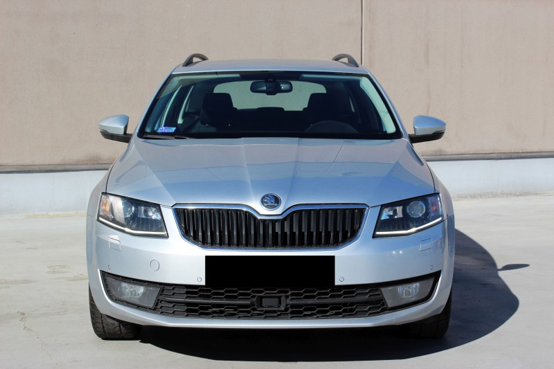 Przeglądasz: Skoda Octavia 2.0TDI Elegance 2014 r VAT 23%
