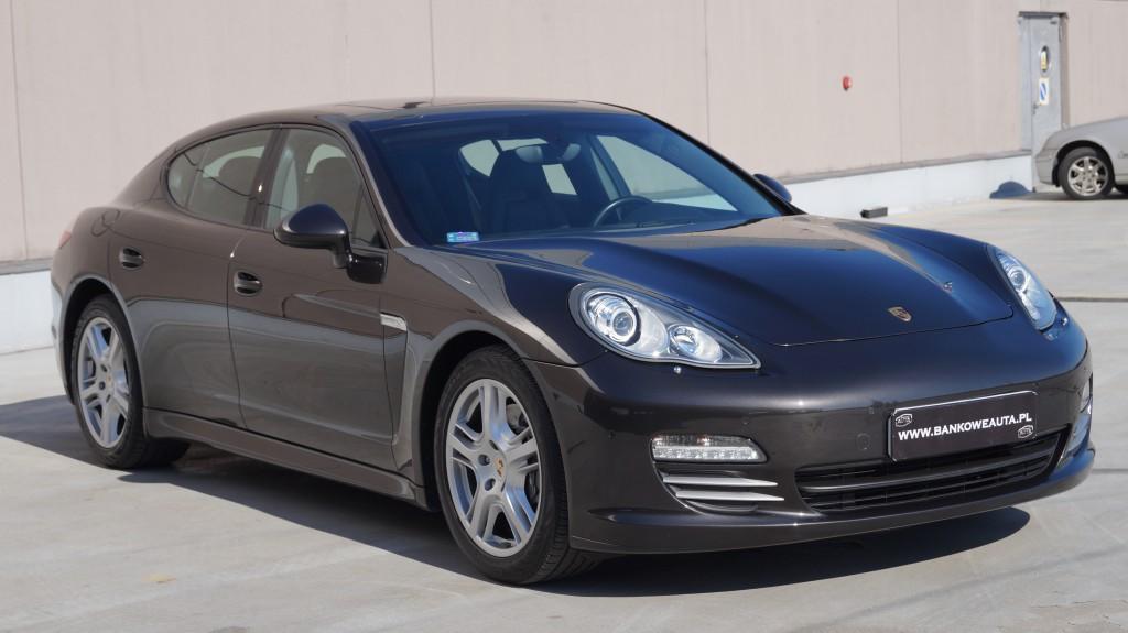 Przeglądasz: Porsche Panamera4  2011 r.