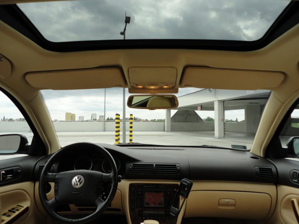 Przeglądasz: VW Passat 2.8 V6 4MOTION 2001 r. czarny