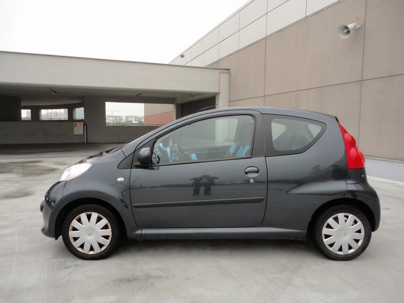 Przeglądasz: Peugeot 107 2008 r.