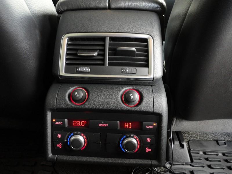 Przeglądasz: Audi Q7 3.0 TDI quattro 2006 r.