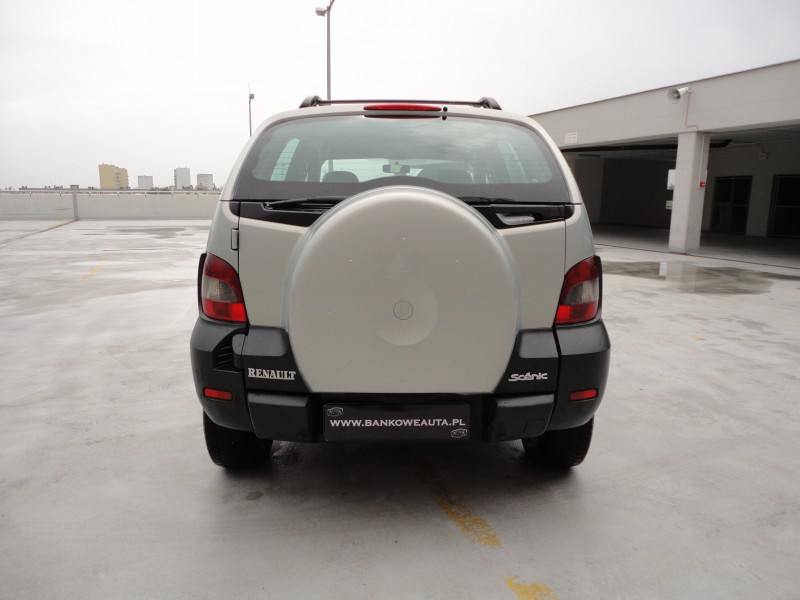 Przeglądasz: Renault Scenic RX 4x4 PRIVILEGE 2001 r.