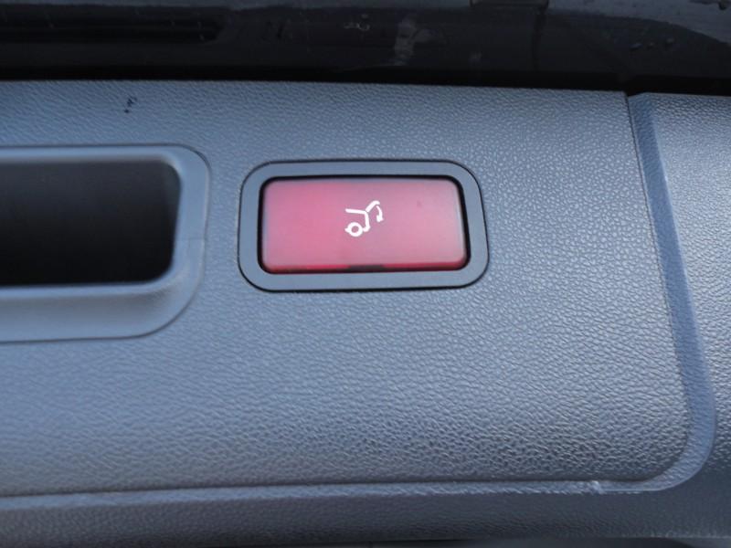 Przeglądasz: Mercedes R klasa LONG 3.2 CDI 4MATIC 2007 r.
