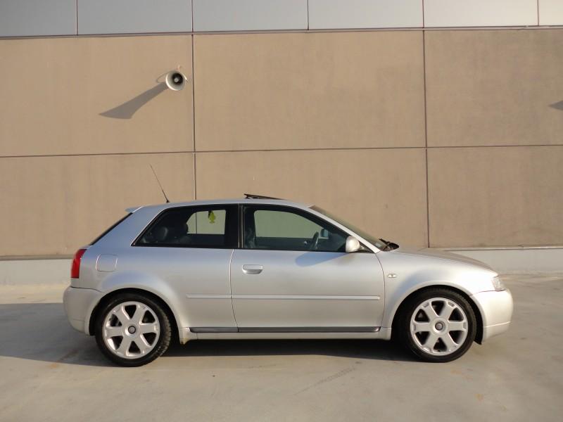 Przeglądasz: Audi S3 quattro 2002 r.