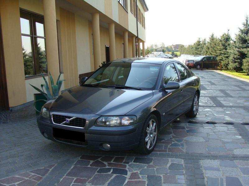 Przeglądasz: Volvo S60 2.4 D5  2003 r.