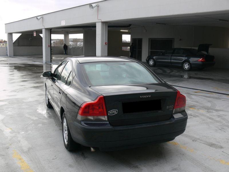Przeglądasz: Volvo S60 2.4 D5 2003 r. czarne