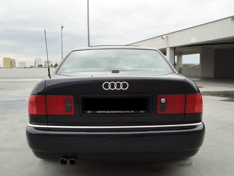 Przeglądasz: Audi S8 4.2 V8 360KM quattro 2000 r.
