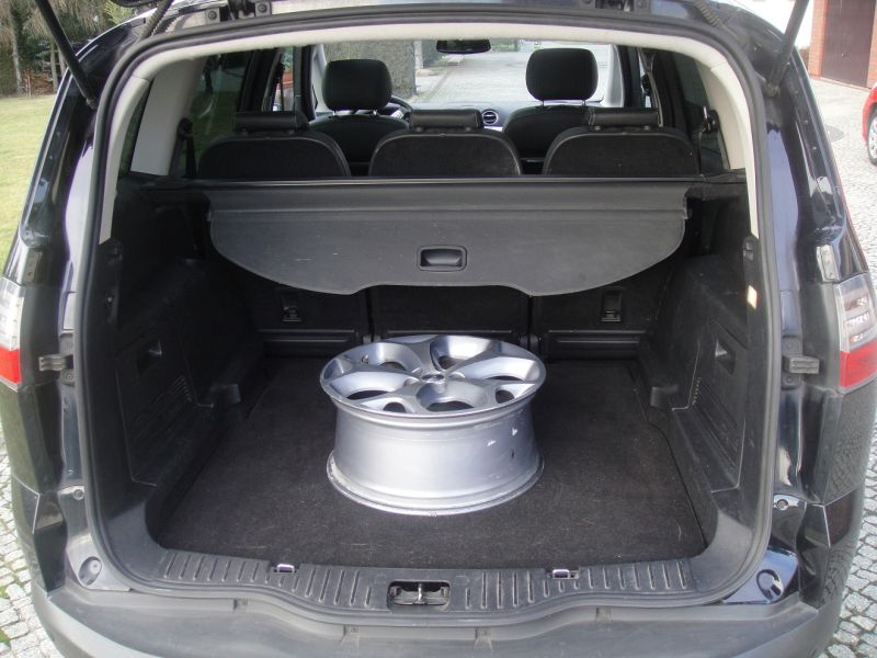 Przeglądasz: Ford S Max 2.0 TDCi 2008 r.