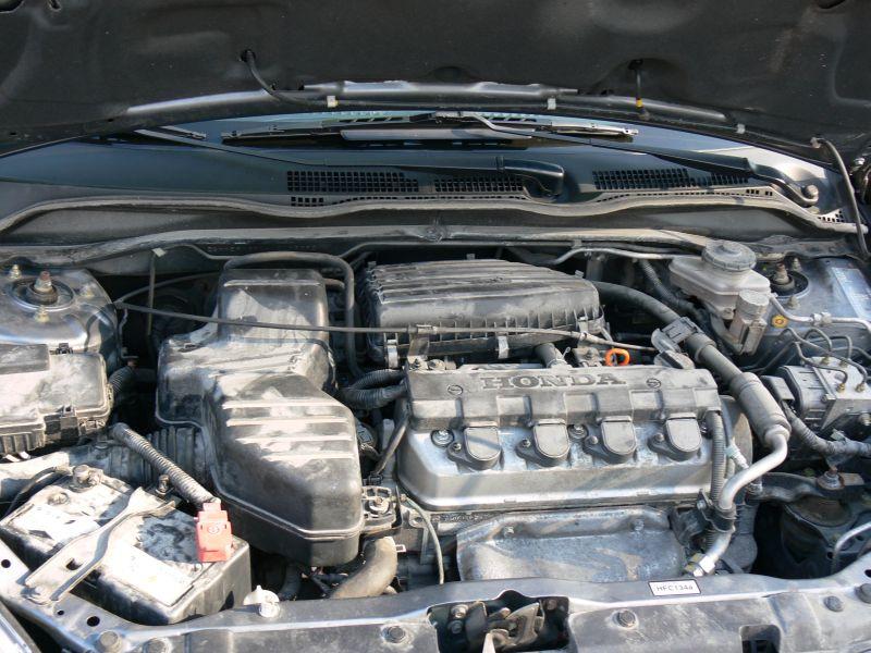 Przeglądasz: Honda Civic Sport 2004 r. grafitowa 2