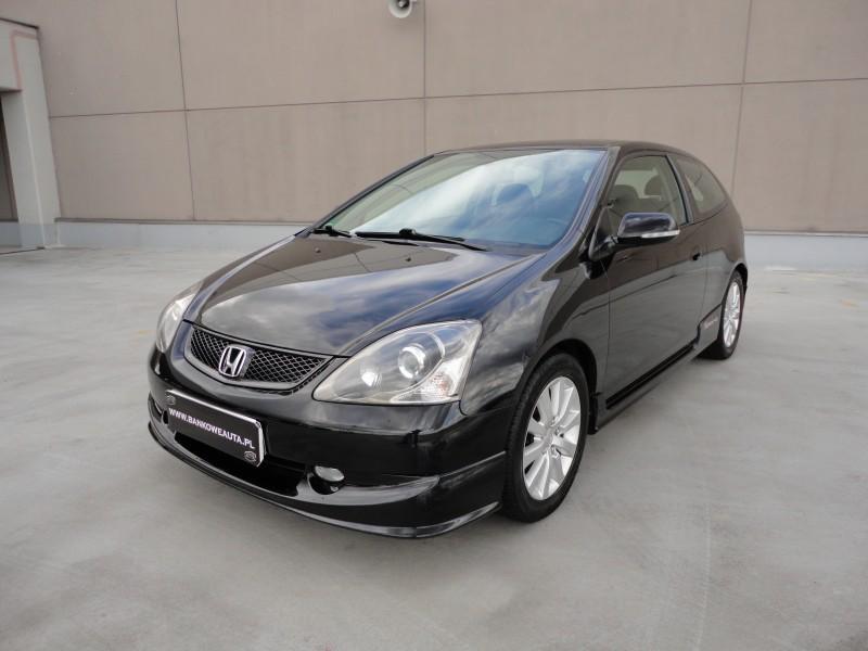 Przeglądasz: Honda Civic Sport Vtec 2004 r. czarna 7