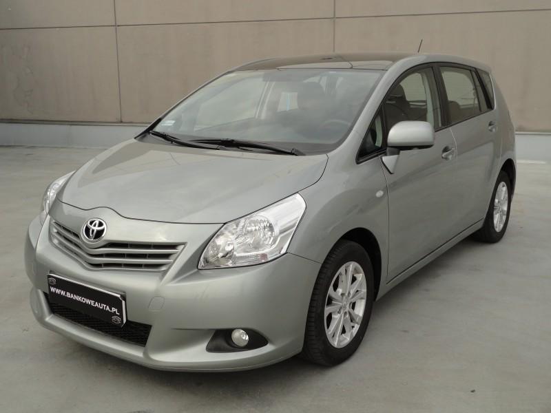 Przeglądasz: Toyota Verso 2.0 D4d 2011 r.