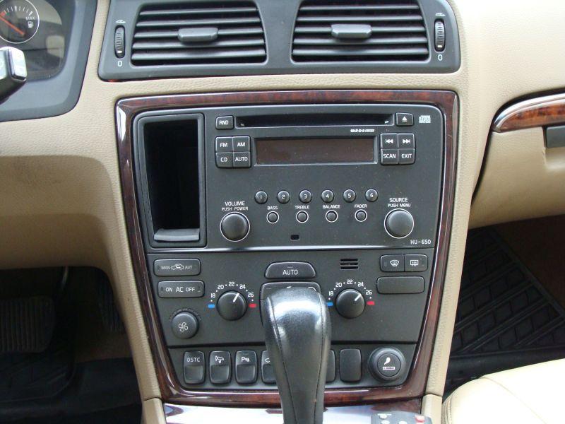 Przeglądasz: Volvo V70 2.4 D5 2005 r.