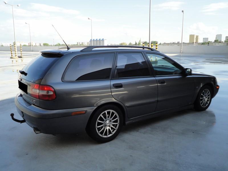 Przeglądasz: Volvo V40 2.0T 2001 r.