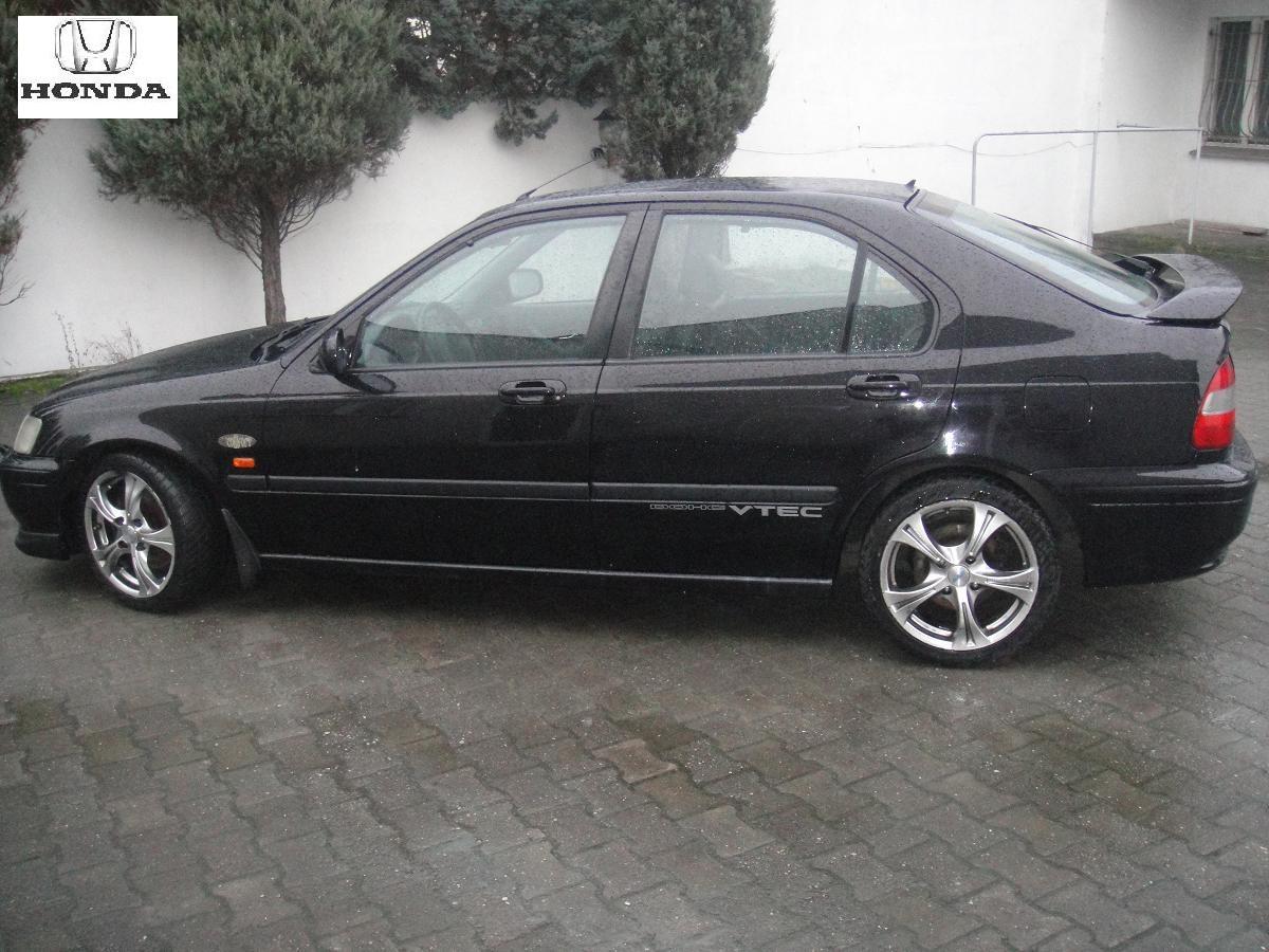 Przeglądasz: Honda Civic  Vti 1998 r czarna